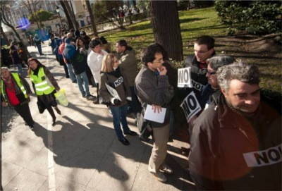 Unemployment protest queue Madrid