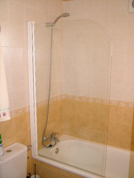 shower screens amp bath screen for sale april identiti2 folding bath screen