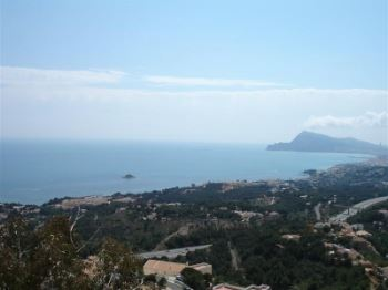 Costa Blanca number 1 destination for Brits in 2012