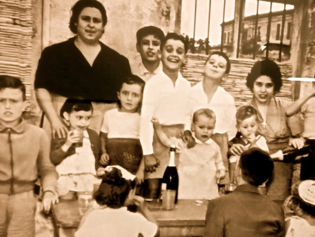 Leridanos, 1958. Photo from Jolonch Chocolate Factory museum