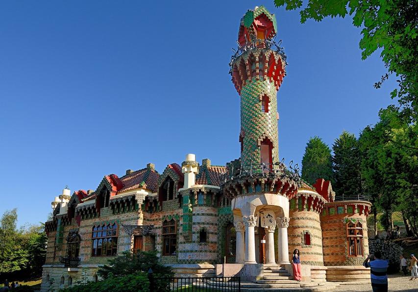 Comillas an architectural treasure - Casa de cantabria en madrid restaurante ...