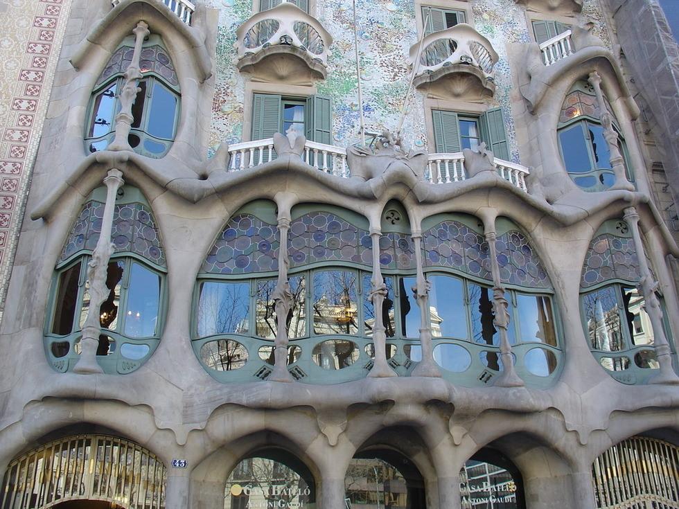 A universe of symbolism Art nouveau arquitectura